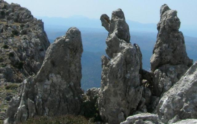 Karfi, Crete, peak-sanctuary site, stone 'erosion figures'