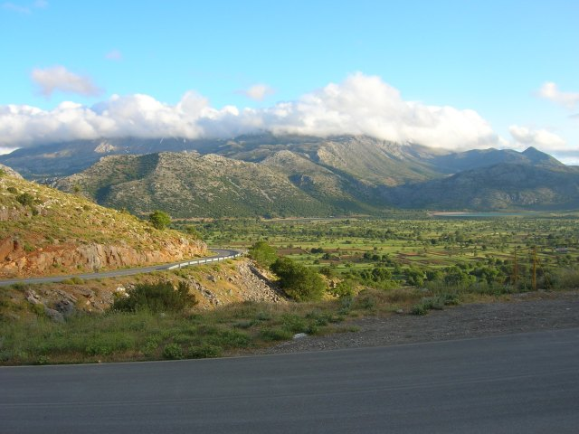 23 descent into Lasithi Plateau