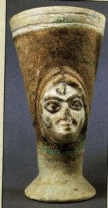 Ugarit woman 1400s communal tomb